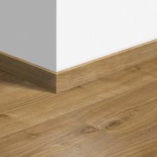 Виниловый плинтус Quick-Step Дуб коттедж натуральный (Cottage oak natural) QSVSKRA40025 (BAGP40025 / BACL40025 / RBACL40025 / AVSP40025)