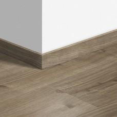 Виниловый плинтус Quick-Step Дуб коттедж серо-коричневый (Cottage oak brown grey) QSVSKRA40026 (BAGP40026 / BACL40026 / RBACL40026)