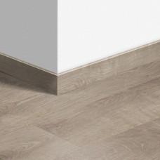 Виниловый плинтус Quick-Step Жемчужный серо-коричневый дуб (Pearl oak brown grey) QSVSKRA40133 (BACL40133) 12 мм