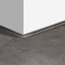 Виниловый плинтус Quick-Step скоция Сланец серый (Grey slate) QSVSCOT40034 (AMCL40034 AMGP40034) 17 x 17 мм