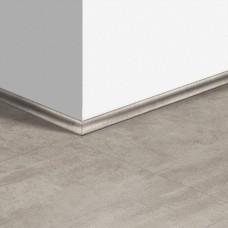 Виниловый плинтус Quick-Step скоция Травертин светло-серый (Light gray travertine) QSVSCOT40047 (AMCL40047 AMGP40047) 17 x 17 мм