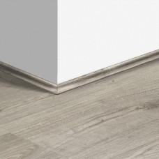 Виниловый плинтус Quick-Step скоция Дуб осенний теплый серый (Autumn oak warm gray) QSVSCOT40089 (PUGP40089 PUCL40089) 17 x 17 мм