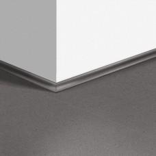 Виниловый плинтус Quick-Step скоция Минеральная крошка серая (Mineral crumb gray) QSVSCOT40138 (AMCL40138 AMGP40138) 17 x 17 мм