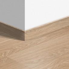 Виниловый плинтус Quick-Step стандартный Дуб чистый натуральный (Pure oak blush) QSVSK40097 (PUGP40097 PUCL40097 AVMP40097) 58 x 12 мм