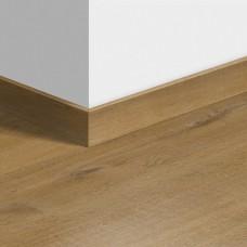 Виниловый плинтус Quick-Step стандартный Дуб хлопковый бежевый (Cotton Oak Deep Natural) QSVSK40203 (PUGP40203 PUCL40203 AVMP40203 RPUCL40203) 58 x 12 мм