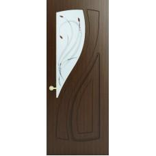 Межкомнатная дверь Sola Porte Лана Орех лак полотно с остеклением серия Фреза